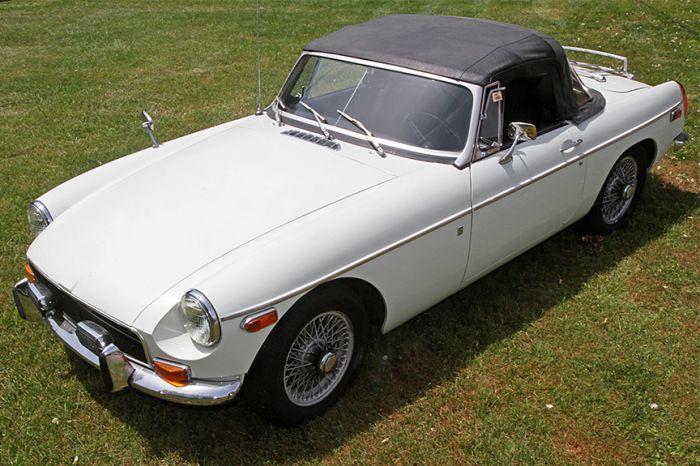 Chester Blankenship Sports Car Collection-Austin Healey MK III, Triumph TR-6, MGB, Lexus SC 430 Auction - 5058.jpg