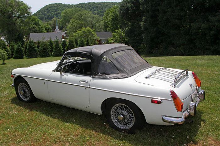 Chester Blankenship Sports Car Collection-Austin Healey MK III, Triumph TR-6, MGB, Lexus SC 430 Auction - 5060.jpg