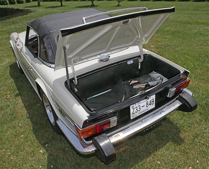 Chester Blankenship Sports Car Collection-Austin Healey MK III, Triumph TR-6, MGB, Lexus SC 430 Auction - 5074.jpg