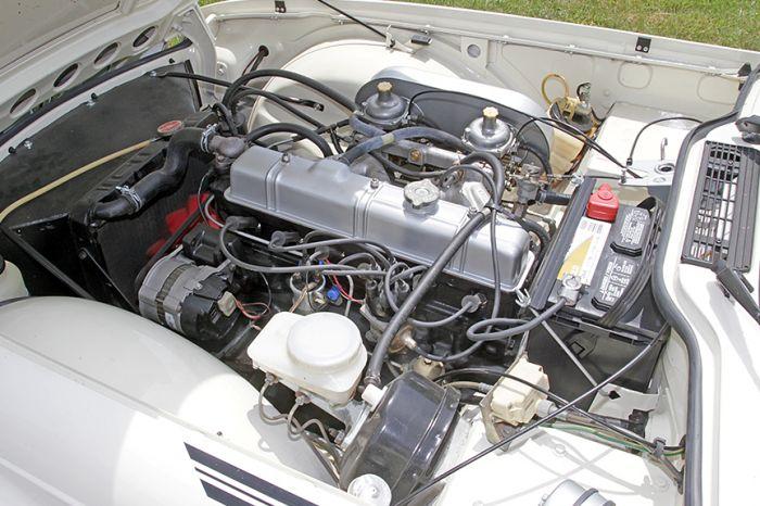 Chester Blankenship Sports Car Collection-Austin Healey MK III, Triumph TR-6, MGB, Lexus SC 430 Auction - 5080.jpg