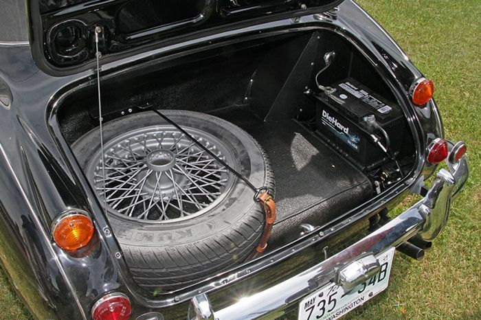Chester Blankenship Sports Car Collection-Austin Healey MK III, Triumph TR-6, MGB, Lexus SC 430 Auction - 5090.jpg