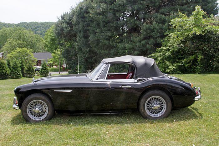 Chester Blankenship Sports Car Collection-Austin Healey MK III, Triumph TR-6, MGB, Lexus SC 430 Auction - 5093.jpg