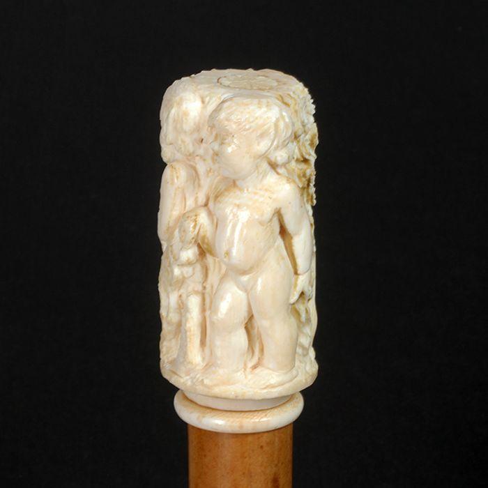 Richard Steffen Estate World Class Cane Auction - 40_1.jpg