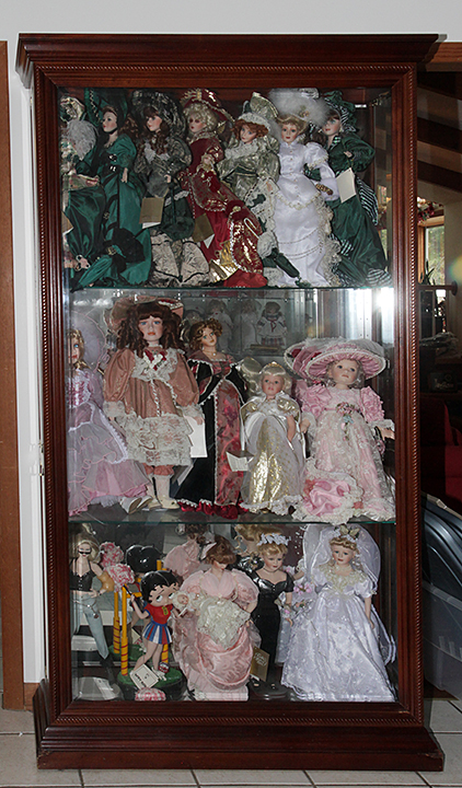 Dr. Thomas and Brenda Brinegar Estate Auction #2,Real Estate, Fine Jewelry, Antiques, R R Collection, Upscale Furnishings, Dolls and more - 1772.jpg